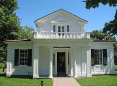Greenfield Village - Greek Revival House. This house dates from around 1835.