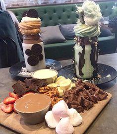 Dessert dates