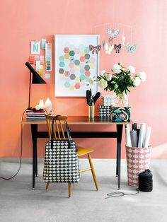 Bright coral wall in a lovely at home creative workspace + office! Home Office Space, Home Office Design, Home Office Decor, Office Setup, Desk Space, Pink Office, Office Spaces, Office Desk, Workspace Inspiration