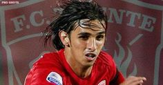 Bryan Ruiz. This guy made FC Twente champions in 2009/2010!