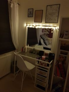 Corner Desk, Vanity, Mirror, Furniture, Home Decor, Corner Table, Dressing Tables, Powder Room, Decoration Home