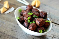So easy and so fun for dinner. Oh my gosh, these Sl… Slow Cooked Asian Meatballs! So easy and so fun for dinner. Oh my gosh, these Slow Cooked Asian Meatballs are to the Ying to our Yang! Meatball Recipes, Pork Recipes, Slow Cooker Recipes, Crockpot Recipes, Delicious Recipes, Asian Recipes, Yummy Food, Healthy Recipes