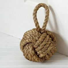 monkey fist knot doorstop how-to plus a video tutorial