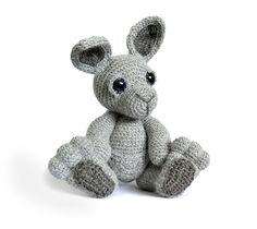 Evie the Kangaroo amigurumi crochet pattern by Patchwork Moose (Kate E Hancock)