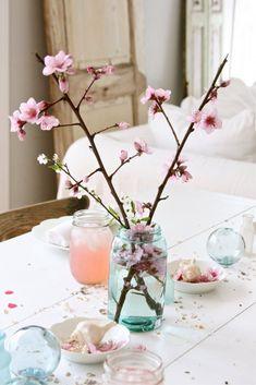 20 coole Idee für ein frisches Frühlingshaus #floralarrangement #spring #tulpen #tischdeko #blumenladen #dekorieren #decor #deko #easter #flower #blumen #flowerarrangements #christmas #dekoration