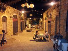 Da segnare in agenda: Eucalyptus. Tra i ristoranti da provare a #Gerusalemme, situato nel quartiere degli artisti, a pochi passi dalla Porta di Giaffa. #oltreogniaspettativa
