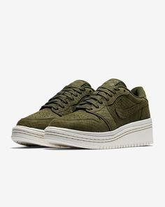 low priced d9af6 1cbcb Air Jordan 1 Retro Low Lifted Women s Shoe