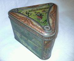 HUNTLEY & PALMERS BISCUIT TIN Sports Track Cycling Triangle Triangular 1890's ? #HuntleyPalmers