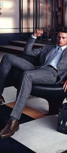 Model: Tom Warren for Tod's Fall 2014                              …