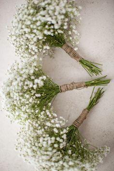 Beautiful August Flower For Sweet Wedding Ideas Brautjungfern Bouquet Farm Wedding, Rustic Wedding, Rustic Baby, Greek Wedding Theme, Rustic White, Dream Wedding, Elegant Wedding, Perfect Wedding, Wedding Simple