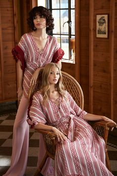 The complete Sachin & Babi Pre-Fall 2020 fashion show now on Vogue Runway. Vogue Fashion, Runway Fashion, Boho Fashion, Autumn Fashion, Fashion Outfits, Womens Fashion, 2020 Fashion Trends, Fashion 2020, Fashion News