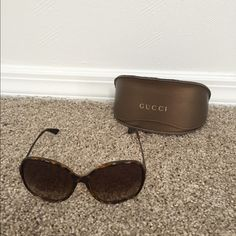 f27a4818c84 Gucci Sunglasses Great condition! Slight mark from where the frames touched  the lens. Please see photos. Gucci Accessories Sunglasses