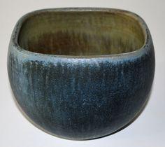 Eigil Hinrichsen, bowl in stoneware, own studio Dennmark. 16x15x11,5 cm