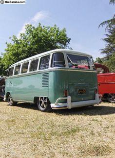 15 Window on Fuch's. Bus Camper, T1 Bus, Volkswagen Bus, Vw T1, Combi Split, Pick Up 4x4, Vw Vans, Butterfly Dragon, Monarch Butterfly