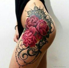 Роза на бедре