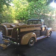 Chef Alan Ducasse converted an old Chevy pick up to take up to 6 guests on luxury picnics