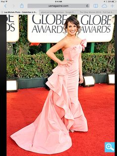 Lea Michele at the 2011 golden globes