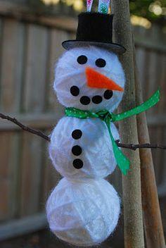 Yarn ball snowman ornament
