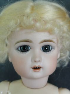 BLEUETTE Reproduction porcelain Doll. JUMEAU mold. Made in France.