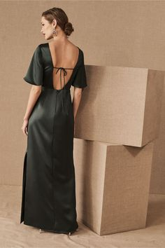 Monique Lhuillier Bridesmaids Caswell Dress by BHLDN in Green Size: Women's Dresses at Anthropologie Prom Dresses For Teens, Modest Dresses, Dresses With Sleeves, Blue Bridesmaids, Bridesmaid Dresses, Wedding Dresses, Monique Lhuillier Bridesmaids, Casual Formal Dresses, Houndstooth Dress