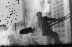 Harold Feinstein - Window Washer & Flock of Pigeons, Street Loft, New York City, 1972 A perfect picture Edward Steichen, Photography Essentials, City Photography, Fine Art Photography, Straight Photography, Window Photography, Black And White City, New York, Museum Of Modern Art