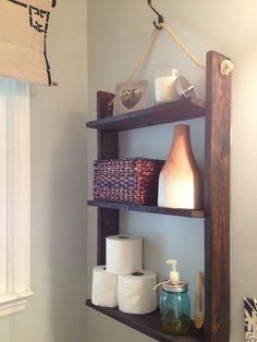 Two It Yourself: Small Bathroom Storage: DIY Pallet Board hanging shelf