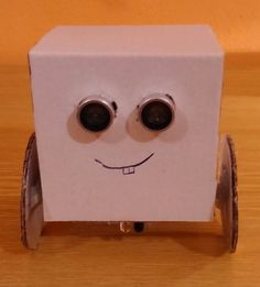 Picture of Simple arduino robot for less than 10€