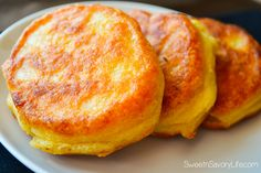 Have a taste of the islands in your own home with these Jamaican cornmeal fritters. Fried to perfection, these are simply the best you will ever try! Jamaican Dishes, Jamaican Recipes, Jamaican Appetizers, Cornmeal Recipes, Bread Recipes, Yummy Recipes, Healthy Recipes, Vegetarian Recipes, Cooking Recipes
