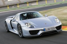 Porsche sells final 918 Spyder amidst excellent year of sales ~ Porsche 918 Spyder