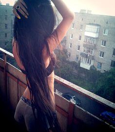 Long straight hair.