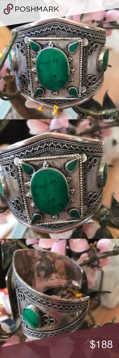Vintage green  turquoise cuff Amazing cuff in 800 silver 2.5 inch in green turquoise Vintage Jewelry Bracelets