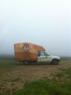 Toyota Pick Up Camper