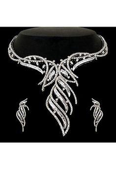 Off White American Diamond Studded Necklace Set