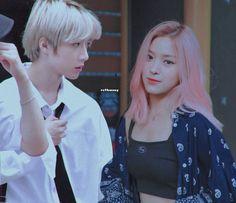 Beomgyu x Ryujin Kpop Posters, Kpop Couples, Aesthetic Clothes, Ulzzang, Idol, Ships, Random, Fashion, Korea
