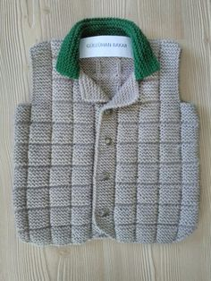This Pin was discovered by Cem Baby Boy Knitting, Easy Knitting, Baby Knitting Patterns, Knitting Stitches, Knitted Baby Cardigan, Baby Pullover, Baby Vest, Boys Sweaters, Crochet For Kids