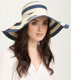 Navy and white floppy hat from @Nordstrom!