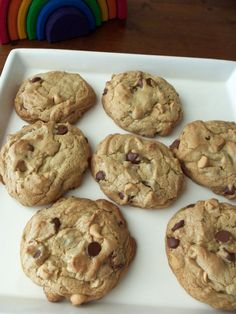 The best peanut butter chocolate chip cookies >> well, now I will have to try this!