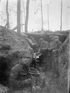 XI HUSSARS (British) WESTERN FRONT 1914-1915 (Q 51194) Men of the machine gun section of the 11th Hussars in the trenches at Zillebeke during the winter of 1914-1915.