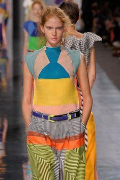 La nueva moda Visto por @Raider Trousers