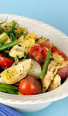 Spring Artichoke Salad with cherry tomatoes, green beans and red potatoes. #light #fresh #healthy