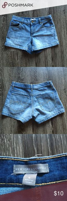New York and company denim shorts Only worn a couple of times. A classic pair of shorts for summer! I'm also selling these shorts in yellow New York & Company Shorts