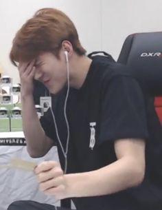 K Meme, Exo Memes, Meme Pictures, Reaction Pictures, Meme Faces, Funny Faces, Sehun, Quality Memes, Bts And Exo