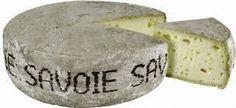 Making Tomme de Savoie