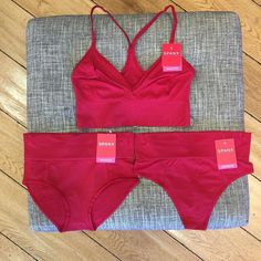 New @spanx Bralette and panties. The best!  #kateandlace #spanx #bralette #trustyourgut #tummy #aftersurgerybras #bra #lingerie #comeshop #shopsmall #shopsmallbusiness #boutique #red #fall #westlakevillage #california