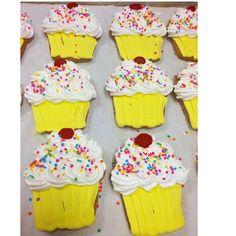 Cupcake shortbread cookies