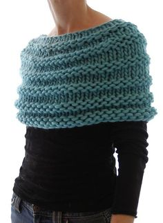 Capelet.  I think I have this pattern somewhere. Find. Knit. Wear.