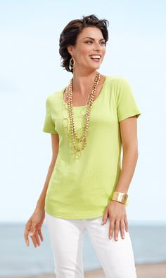 Update: Savannah Shirttail Tee with the new high-low hemline. #DestinationFabulous #travel #spring #chicos