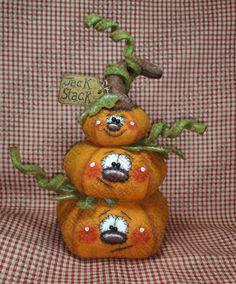 *FELT ART ~ A Jack Stack Pumpkin Pattern #237 - Primitive Doll Pattern - Halloween - Pumpkins - Jack-o-lanterns - Patch Pile up, Materials: paper pattern, wool felt, cotton fabric