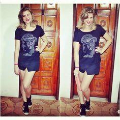 A Vanity Rock é super fã do Blog Urbano e Retrô. E a fofíssima Jell escolheu uma de nossas T-Shirts para ir no show do Wander Wildner que rolou aqui em Salvador. Quer garantir a sua? www.vanityrock.com.br ou www.elo7.com.br/vanityrock