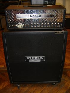 Mesa Boogie dual rectifier. The amp of the 90's. Dynamic response, superb quality.